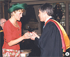 Diana, Princess of Wales, awards The Royal Academy's highest honour to Owen Murray, the Honarary Membership of the Royal Academy in recognition of his work.